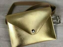 Женская сумка на пояс эко-кожа золотого цвета