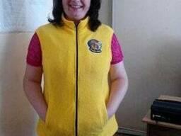 Женская болоневая жилетка желтая
