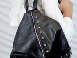 Жіночий шкіряний рюкзак Vera Pelle з металевими вставками Mod.216, Чорний