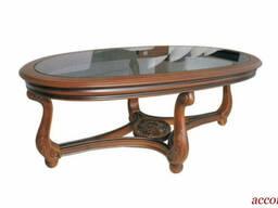 Журнальный столик Galimberti Столик выполнен из дерева, по