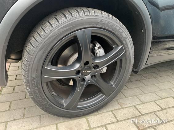 Зимняя резина Pirelli Scorpion 275/40/r20 БУ на дисках. Торг!