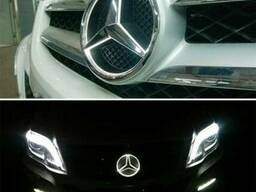 Значок Mercedes светодиодный. Эмблема Мерседес с подсветкой