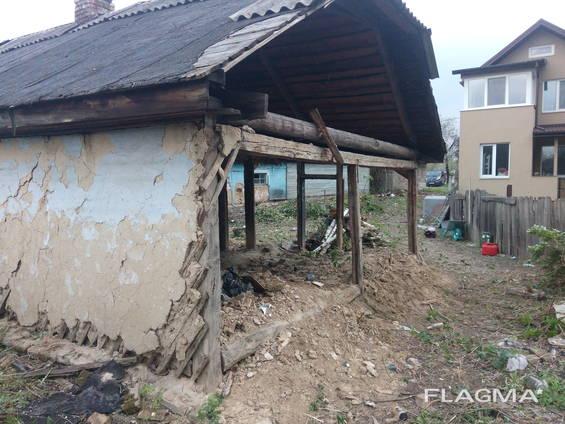 Знесення старих будинків Київ.