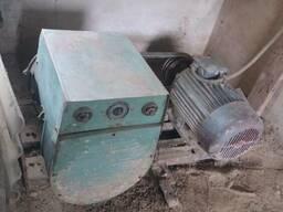 Зварювальний апарат на постійний ток, тип ДГ-312У2